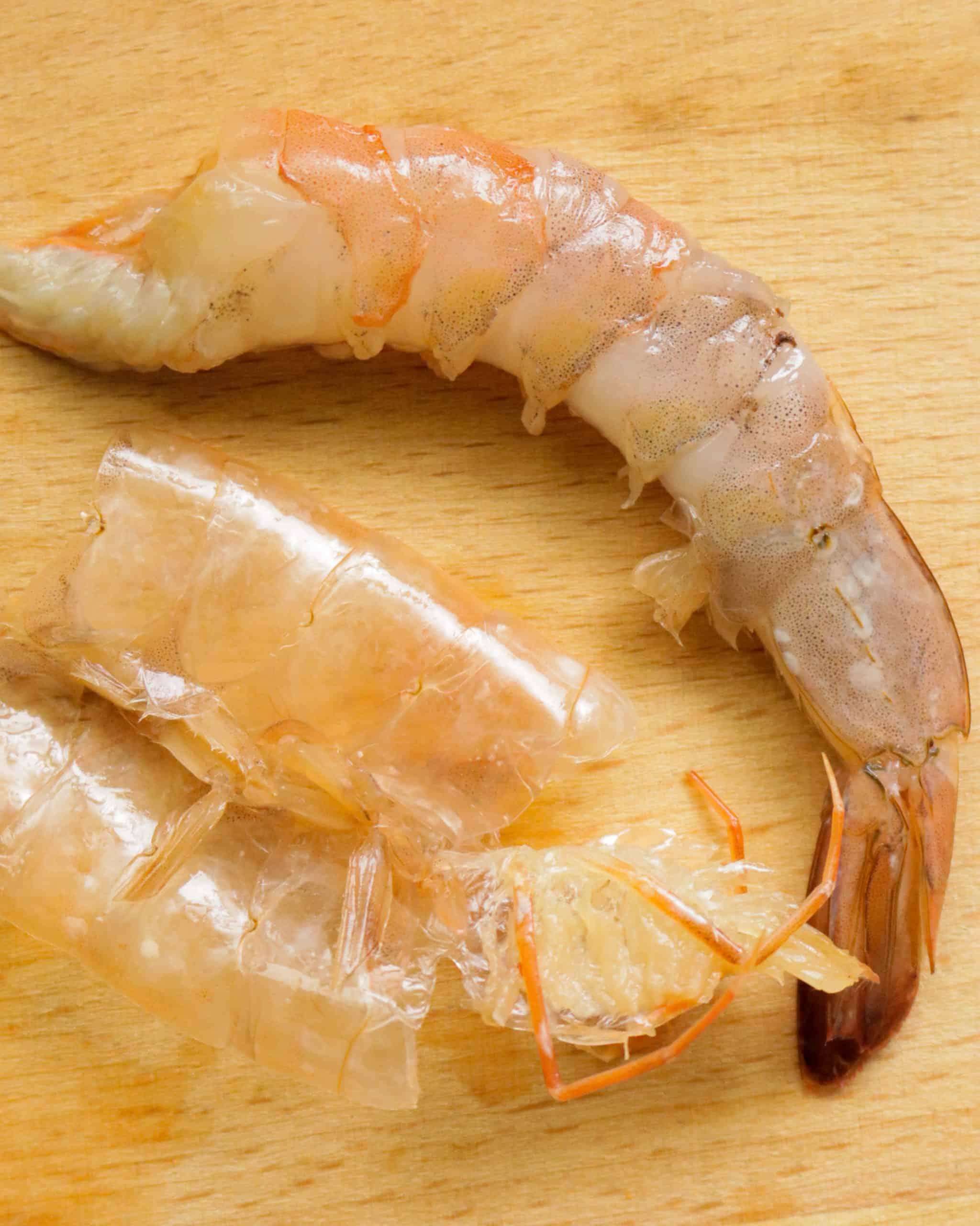deshelled shrimp to cook