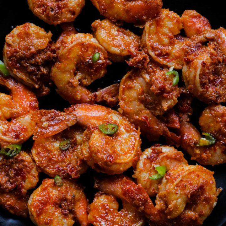 chilli lime shrimp on a platter